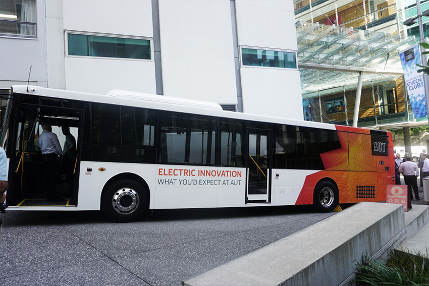 AUT electric bus