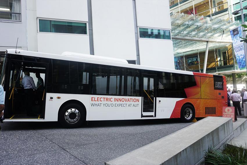 AUT electric bus