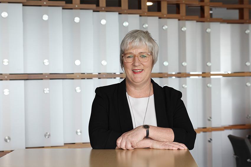 Prof Kate Kearins