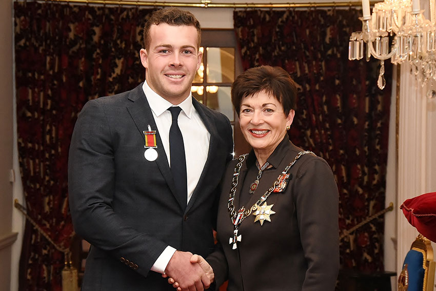 Paramedicine alumnus Andrew Roy was awarded a Royal Humane Society of New Zealand silver medal for bravery.