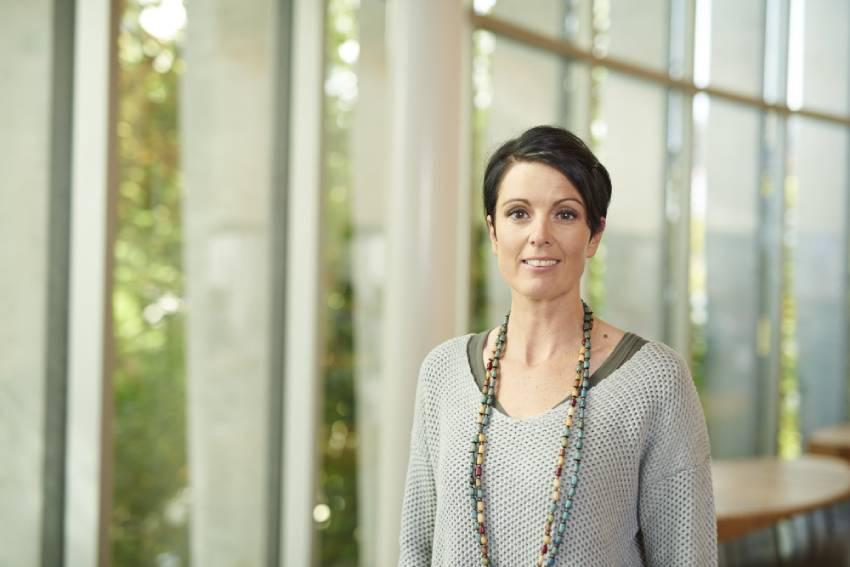 Headshot of Assoc Prof Rachel Morrison