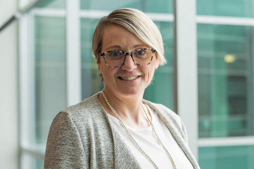Dr Fiona Hurd